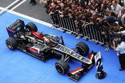 Second placed Kimi Raikkonen, Lotus F1 E21 arrives in parc ferme