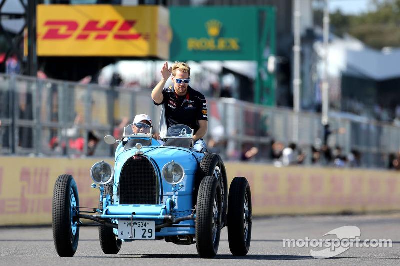Drivers parade, Sebastian Vettel, Red Bull Racing