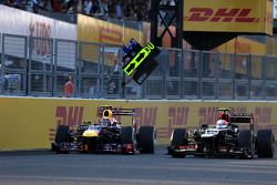 Mark Webber, Red Bull Racing y Romain Grosjean, Lotus F1 Team