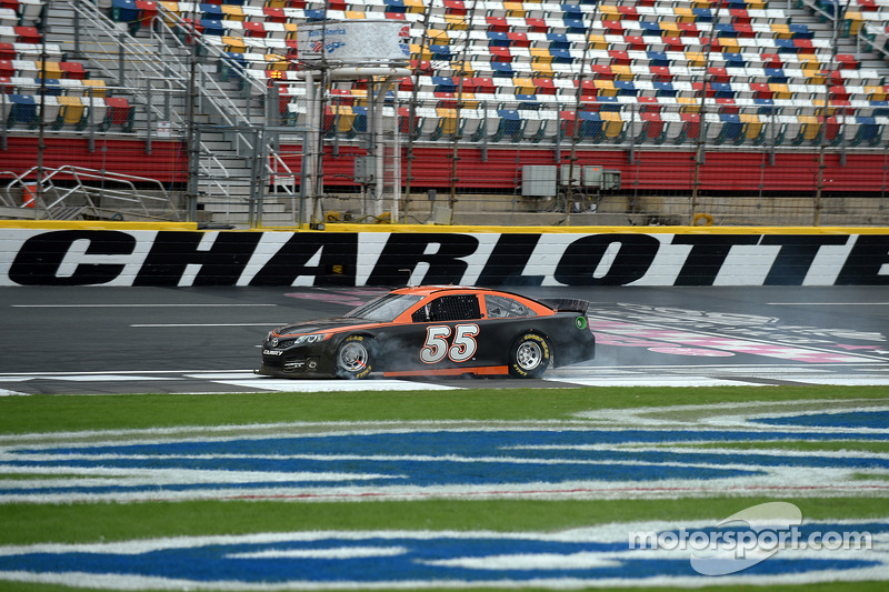 Brett Moffitt, Michael Waltrip Racing spint