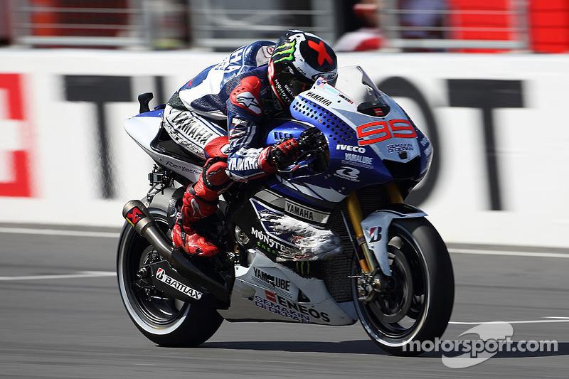 2013: Jorge Lorenzo (Yamaha) mit 1:27,899 Minuten