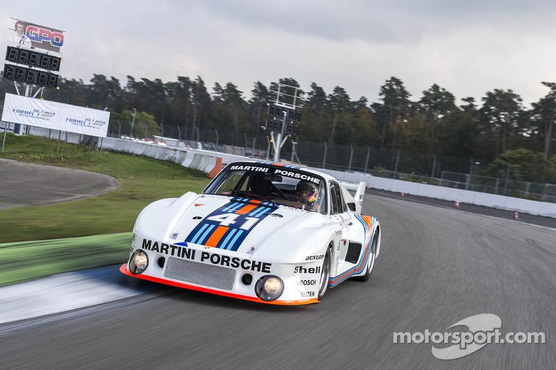 1976 Le Mans winnende Porsche 935/77