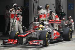 Sergio Perez, McLaren MP4-28 makes a pit stop