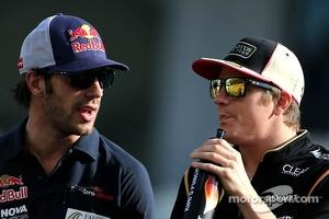 Jean-Eric Vergne, Scuderia Toro Rosso  and Kimi Raikkonen, Lotus F1 Team