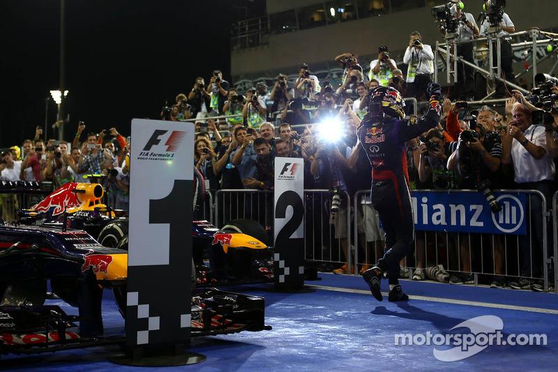 1e plaats Sebastian Vettel, Red Bull Racing, 2e plaats voor place Mark Webber, Red Bull Racing