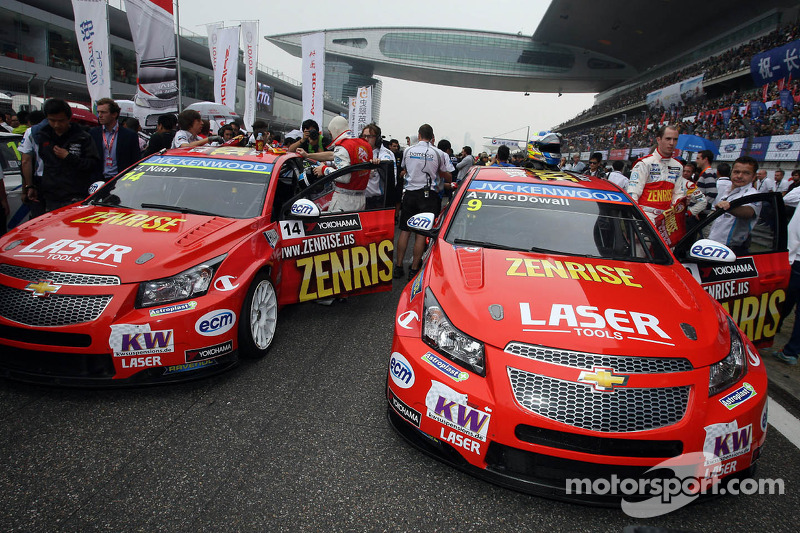 Alex MacDowall, Chevrolet Cruze 1.6T, bamboo-engineering en James Nash, Chevrolet Cruze 1.6 T, Bamboo Engineering