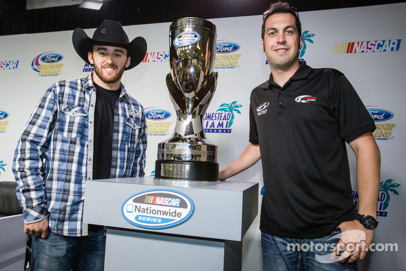 Persconferentie titelfavorieten: NASCAR Nationwide Series kanshebbers Austin Dillon en Sam Hornish