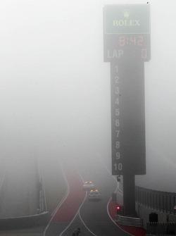 Fog delayed the start of FP1