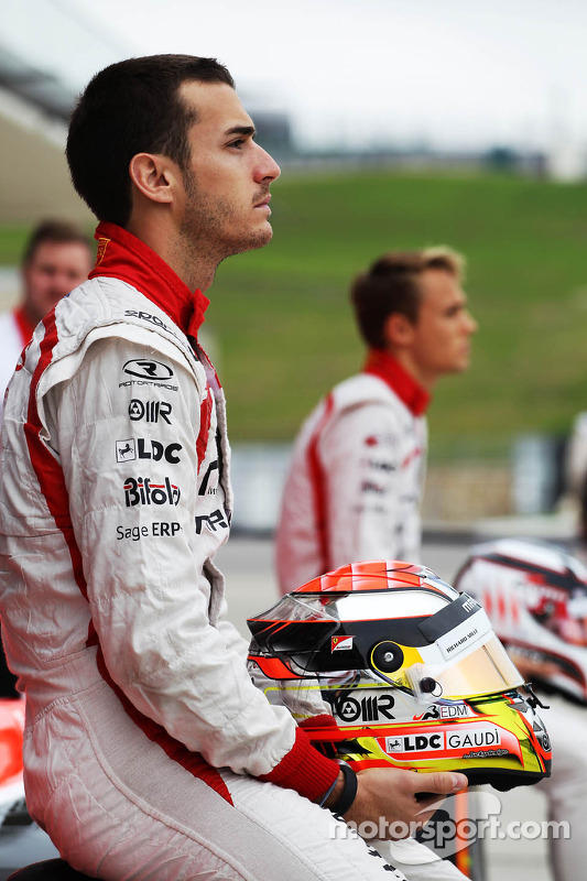 Jules Bianchi, Marussia F1 Team op een teamfoto