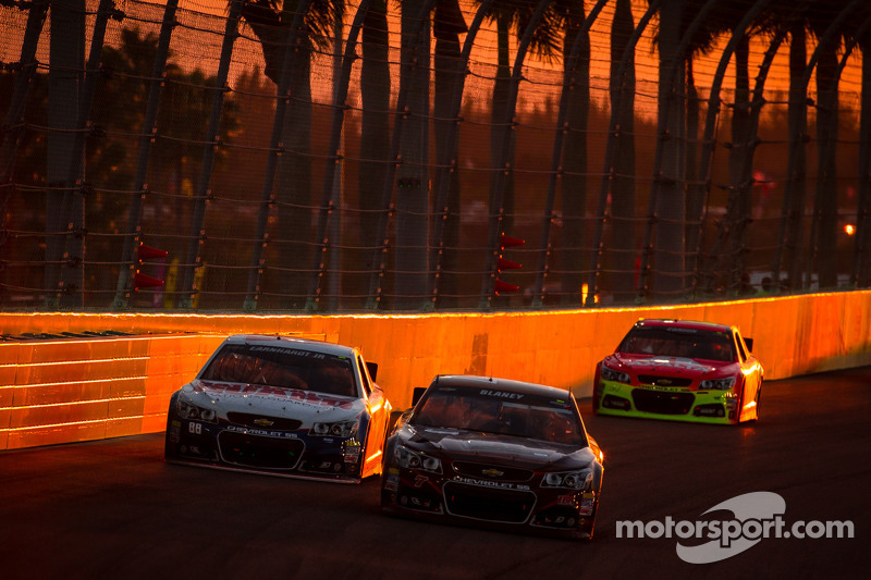 Dave Blaney, Chevrolet en Dale Earnhardt Jr., Hendrick Motorsports Chevrolet