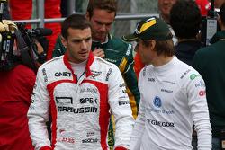 (Da esquerda para direita): Jules Bianchi, Marussia F1 Team, e Charles Pic, Caterham, no desfile dos pilotos