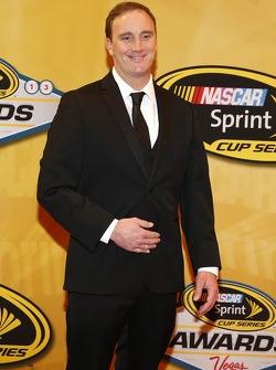 Host Jay Mohr arrives on the red carpet