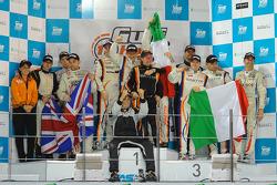 GTX podio: vencedores Tiziano Cappelletti, Giampiero Cristoni, Tommy Lindroth, Matteo Cressoni