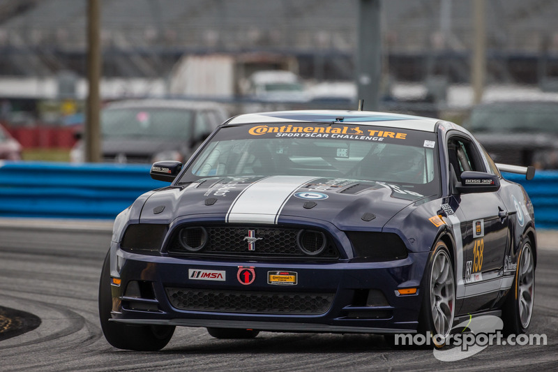#158 Multimatic Motorsports Mustang Boss 302 R: Ian James, Billy Johnson