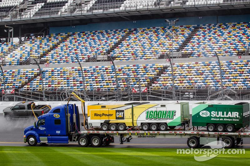 Camion asciugatore alla Daytona International Speedway