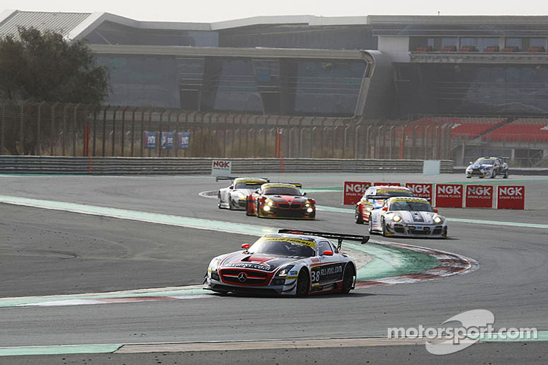 #38 All-Inkl.com Münnich Motorsport 梅赛德斯 SLS AMG GT3: 雷内·慕尼黑, 马克·巴桑, 罗伯·荷夫