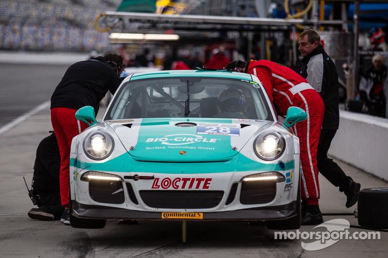 #28 Dempsey Racing Porsche 911 GT America: Christian Engelhart, Rolf Ineichen, Lance Willsey, Klaus Bachler, Franz Konrad