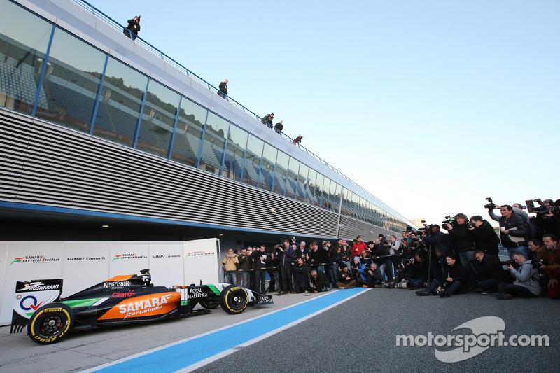 Nova Sahara Force India F1 VJM07 é mostrado