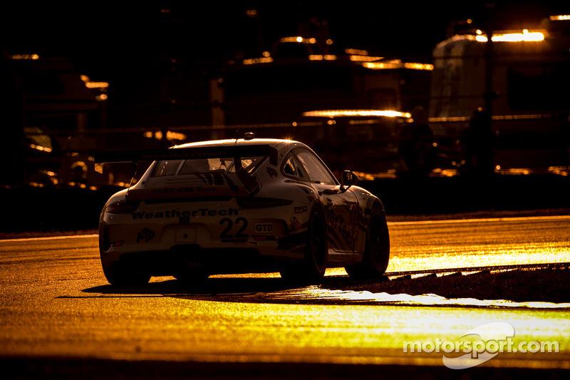 #22 Alex Job Racing Porsche 911 GT America: Cooper MacNeil, Leh Keen, Louis-Philippe Dumoulin, Shane