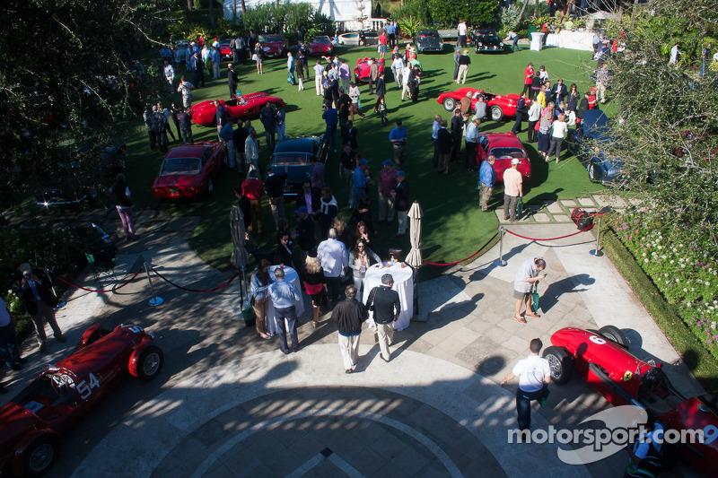 Ferrari'ler Breakers'da çim üzerinde