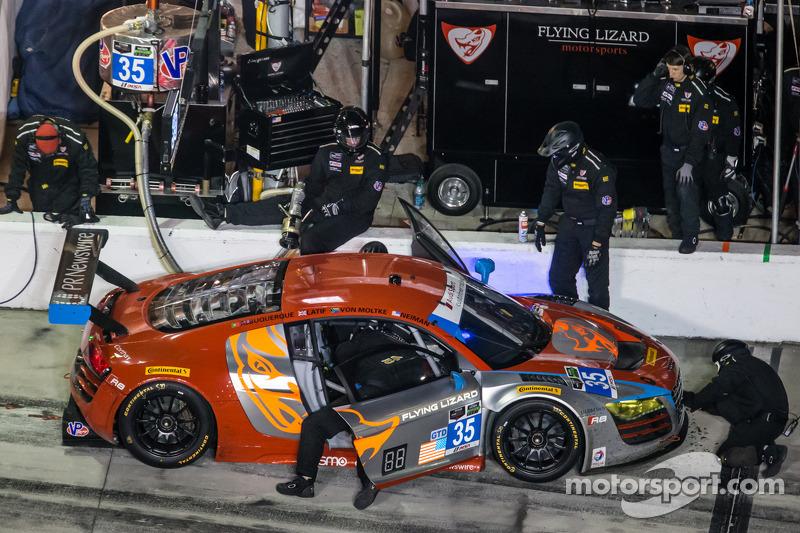Pitstop: #35 Flying Lizard Motorsports Audi R8 LMS: Seth Neiman, Dion von Moltke, Alessandro Latif,