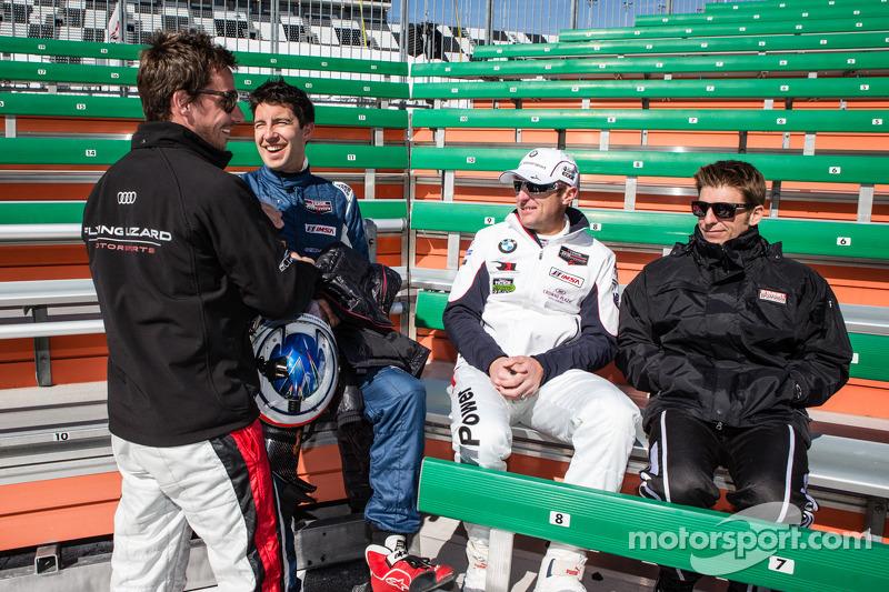 Şampiyonların fotoğraf çekimi: Filipe Albuquerque, Mike Rockenfeller, Joey Hand ve Jamie McMurray