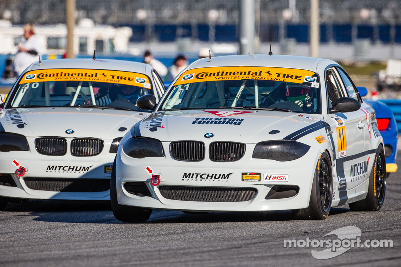 #11 Mitchum Motorsports 宝马 128i: 彼得·麦金托什, 迈克尔·约翰逊 和 #10 Mitchum Motorsports 宝马 128i: 迪伦·穆尔科特, 狄龙·马沙弗恩