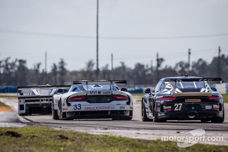 #33 Riley Motorsports SRT 蝰蛇 GT3-R: 本·基廷, 杰伦·布勒克莫伦, 塞巴斯蒂安·布勒克莫伦, 马克·古森斯, #27 邓普希 Racing 保时捷 911 GT America: 乔·福斯特, 安德鲁·戴维斯