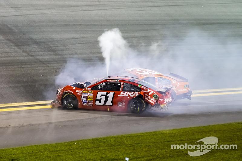 Problemi per Justin Allgaier, HScott Motorsports Chevrolet