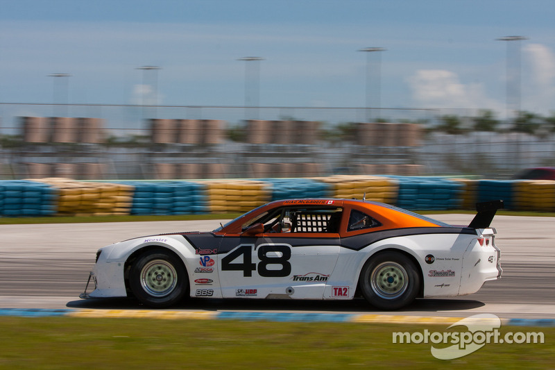 #48 Ottawa Solar Power/BC Race Cars 雪佛兰 科迈罗: Michael McGahern