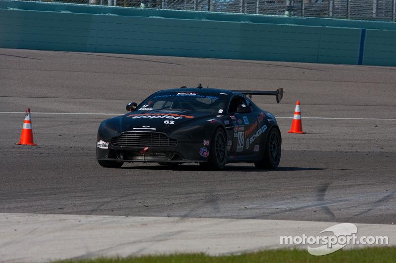 #62 Breathless Performance 阿斯顿马丁 GT4: 马克·克列宁