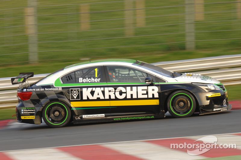 Teste em Brands Hatch