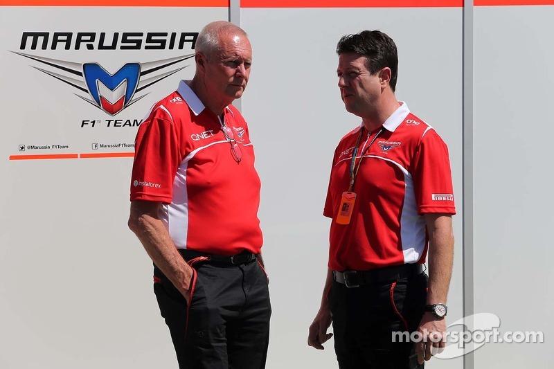 John Booth, Marussia F1 Team, Team Principal e Dave O 'Neill, Marussia F1 Team Manager 13