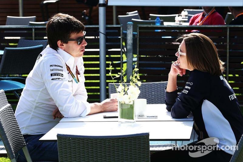 Toto Wolff, Mercedes AMG F1 Socio e direttore esecutivo, Claire Williams, Williams Vice Team Principal