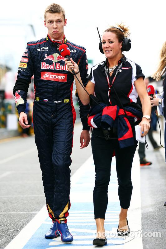 Daniil Kvyat, Scuderia Toro Rosso; Natalie Pinkham, Sky Sports, Moderatorin
