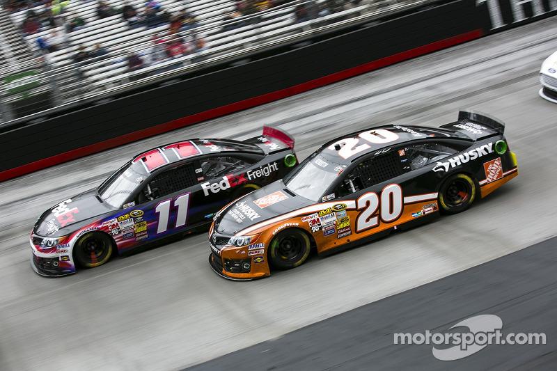 Denny Hamlin, Joe Gibbs Racing Toyota ve Matt Kenseth, Joe Gibbs Racing Toyota