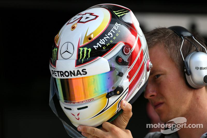 Casco di Lewis Hamilton, Mercedes AMG F1 Team