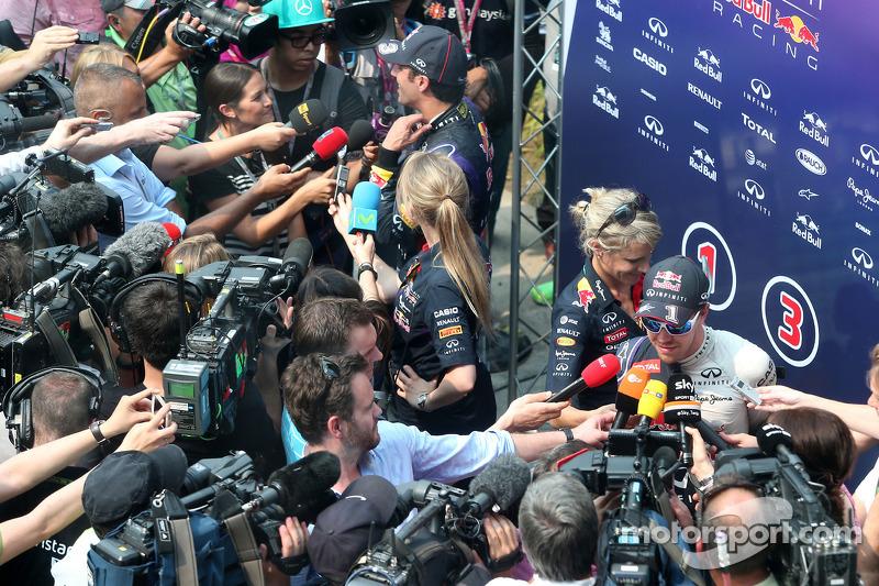 Sebastian Vettel, Red Bull Racing y Daniel Ricciardo, Red Bull Racing