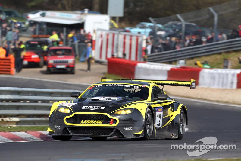 Stuart Leonard, Paul Wilson, Aston Martin Test Center, Aston Martin V12 Vantage GT3