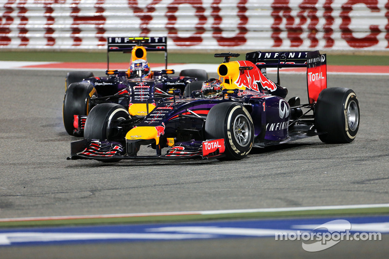 Sebastian Vettel, Red Bull Racing RB10; Daniel Ricciardo, Red Bull Racing RB10