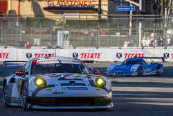 #911 保时捷 北美 保时捷 911 RSR: 尼克·坦迪, 理查德·莱茨