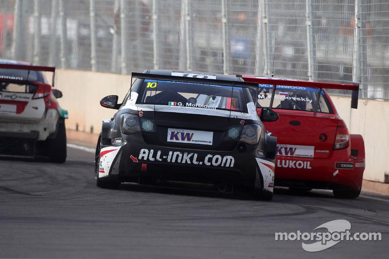 Gianni Morbidelli, Chevrolet RML Cruze TC1, ALL-INKL_COM Munnich Motorsport ve Mikhail Kozlovskiy, L