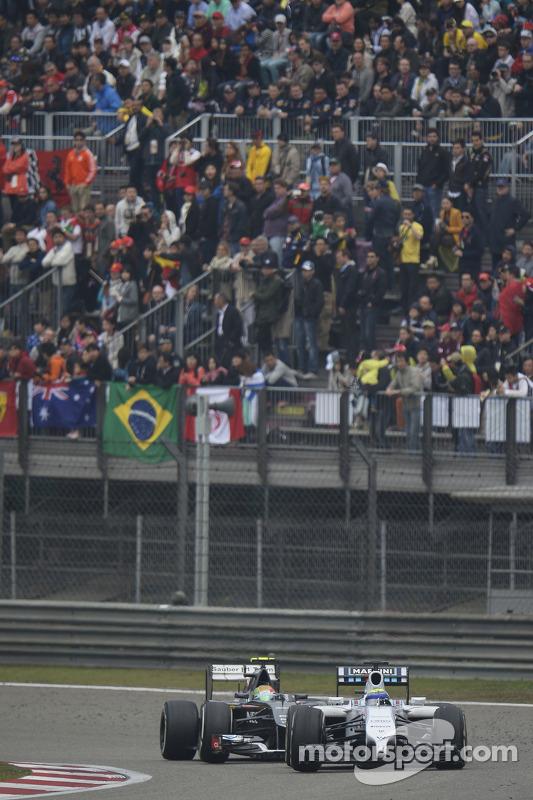 Felipe Massa, Williams FW36 ve Esteban Gutierrez, Sauber C33