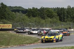 Largada: #0 BMW Sports Trophy Team Brasil BMW Z4: Sergio Jimenez, Caca Bueno lidera