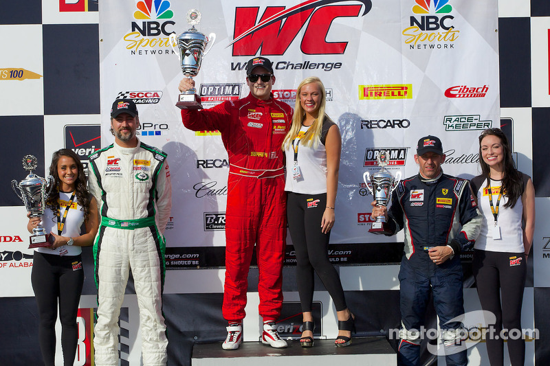GT-A Classe podio: vincitore Nick Mancuso, secondo posto Tim Pappas, terzo posto Henrik Hedman