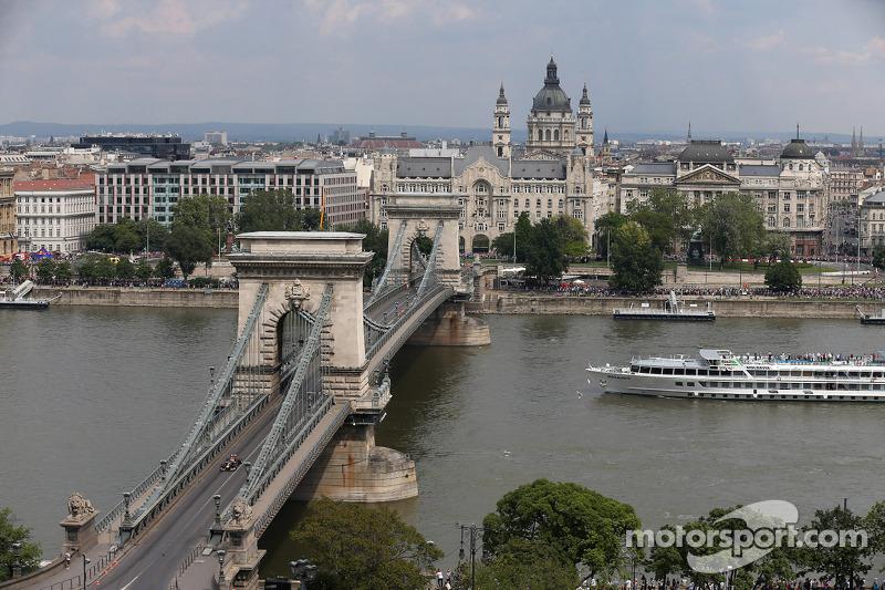 布达佩斯城市路演, 丹尼尔·里卡多, 红牛车队 RB10
