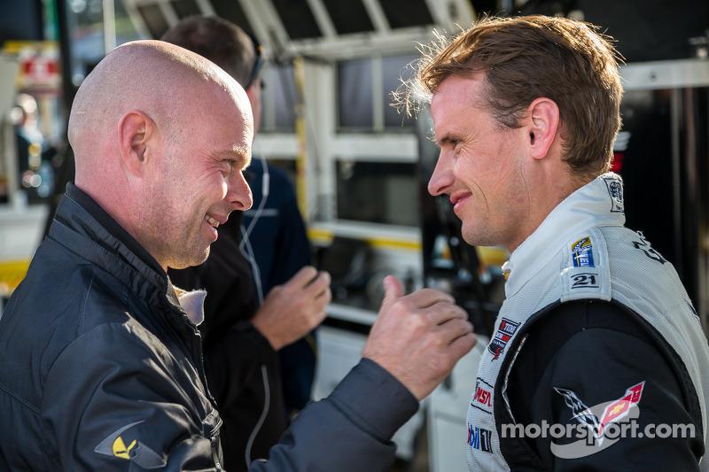 Jan Magnussen si congratula con Antonio Garcia