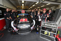 Celebration, Gianni Morbidelli, Chevrolet RML Cruze TC1, ALL-INKL_COM Munnich Motorsport race winner with his team