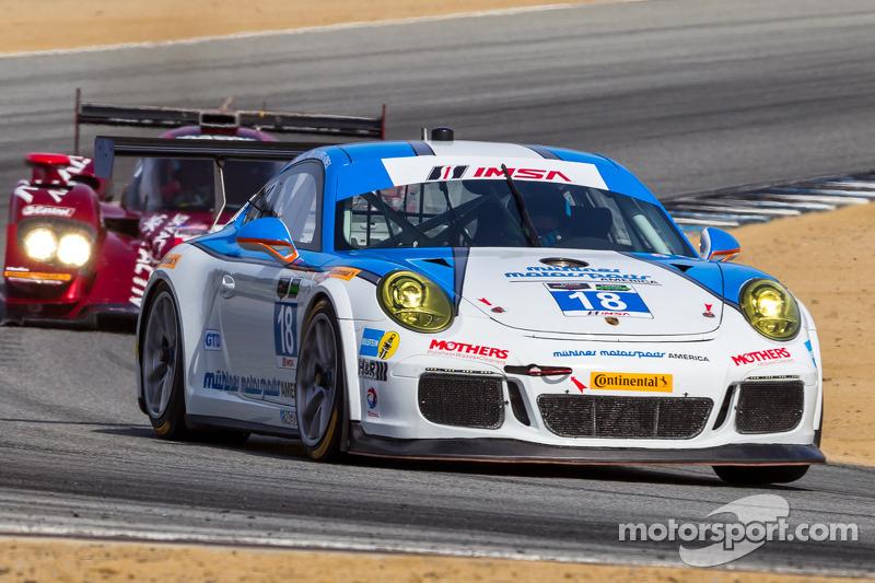 #18 Muehlner Motorsports America 保时捷 911 GT America: 大卫·卡尔弗特-琼斯, 马特·贝尔