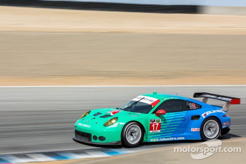 #17 Team Falken Tire Porsce 911 RSR: 沃尔夫·亨泽尔, 布莱恩·塞勒斯